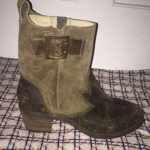 OluKai Leather and Suede Ankle Boots